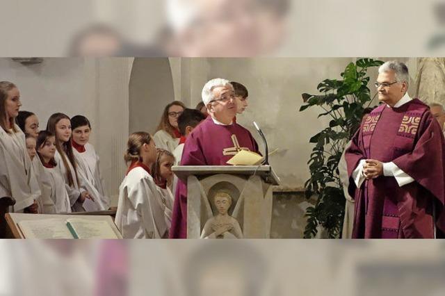 Neuer Pfarrer wird mit offenen Armen empfangen