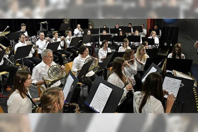 Orchester wagt sich in hohe Sphären