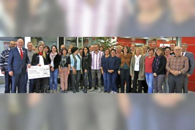 Sparkasse fördert Vereine, Schulen und Organisationen mit sattem Spendenbetrag