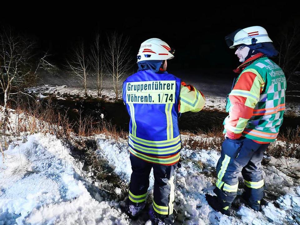 Die Feuerwehr Vöhrenbach barg das Auto aus dem Fluss.  | Foto: kamra24.tv