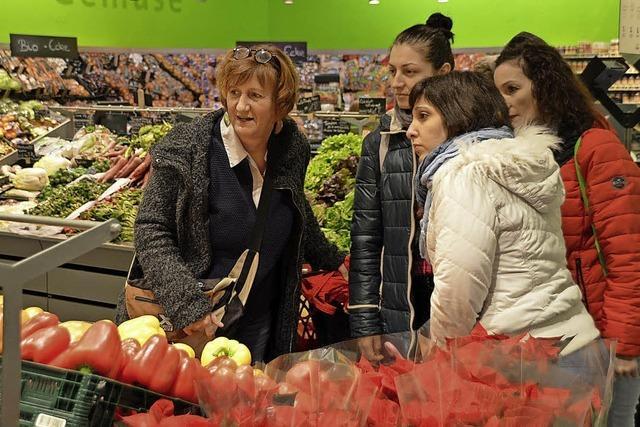 So lernen fremdsprachige Mütter beim Einkaufen Deutsch
