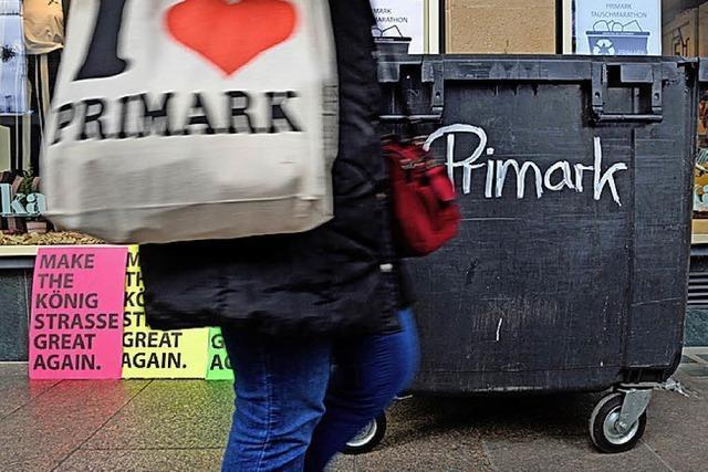AUCH DAS NOCH: Primark und der Müllcontainer