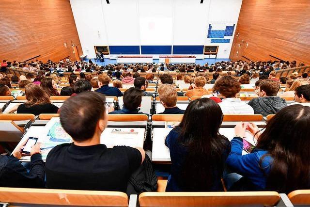 Neue Gebühr lässt Zahl der Studienanfänger sinken