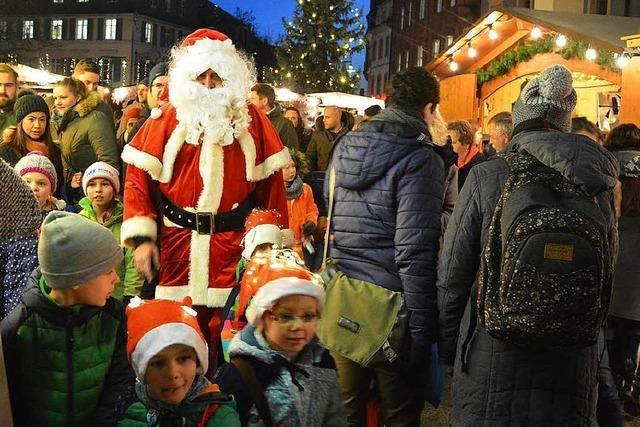 Der Lörracher Weihnachtsmarkt ist eröffnet