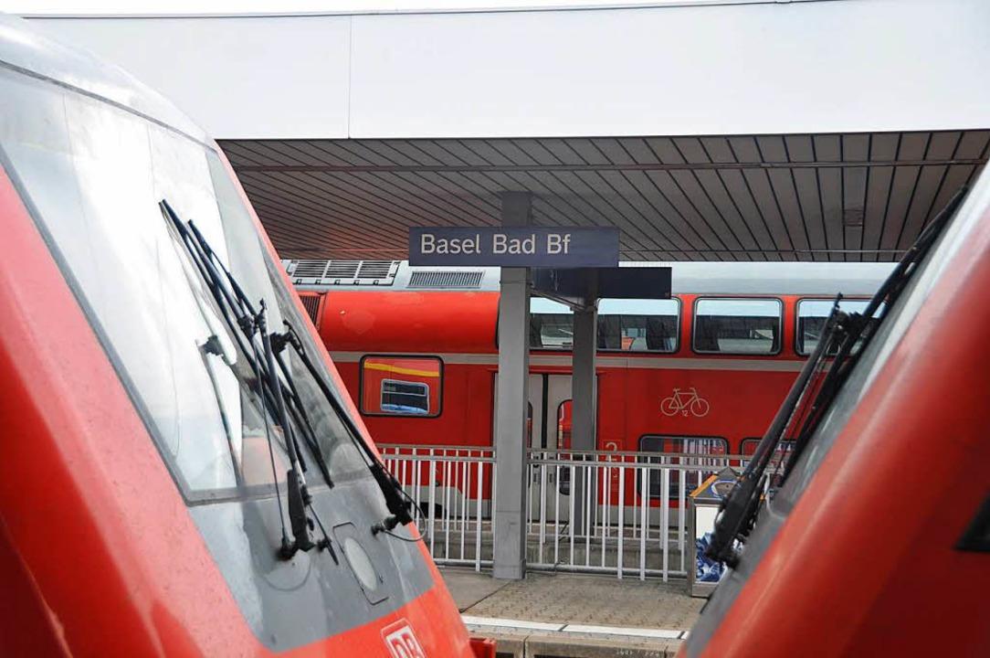 Erst nach Stunden wurde das Zugpersonal informiert.   | Foto: dpa