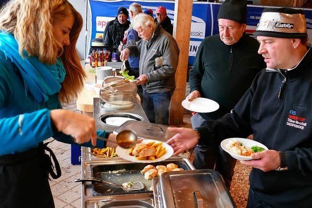 Catering am Weltcup: 2400 Portionen werden beim Skispringen serviert