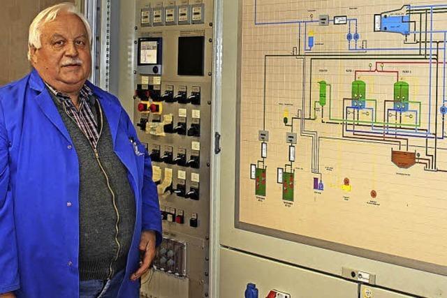 Wassermeister Hubert Maurer kümmert sich um Gottenheims Trinkwasserversorgung