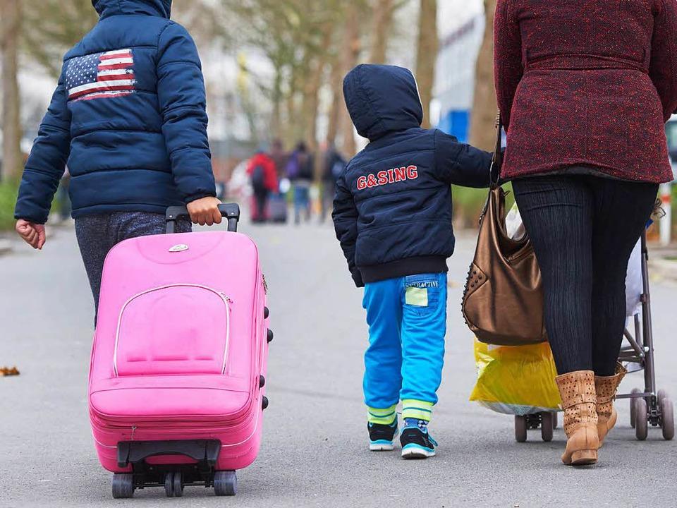 Für die Unterbringung von Flüchtlingen...Gemeinden verantwortlich. (Symbolfoto)  | Foto: dpa