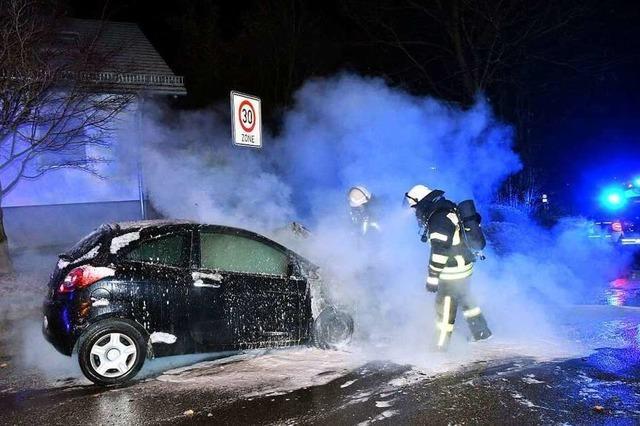 Brandserie: In Mahlberg brennen am Wochenende vier Autos komplett aus