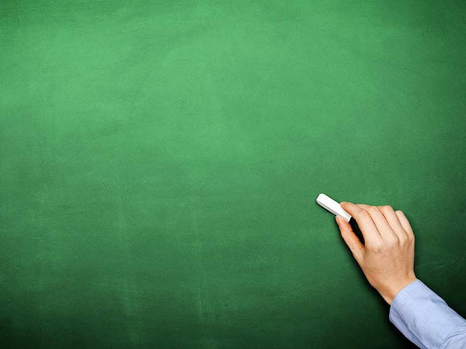 Löst Schreckreiz aus: Quietschende Kreide auf einer Tafel.  | Foto: MK-Photo - Fotolia