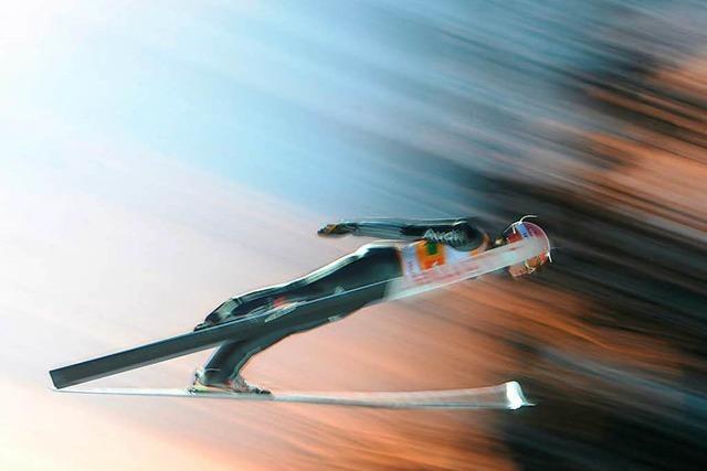Deutsches Team fliegt in Titisee-Neustadt auf Platz drei