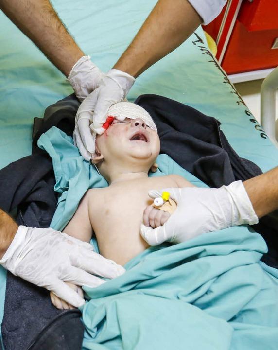 Bei einem israelischen Vergeltungsschl...ische Junge im Gazastreifen verletzt.   | Foto: DPA