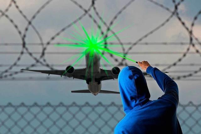 Laser blendet Notarzt im Rettungshubschrauber über Weingarten