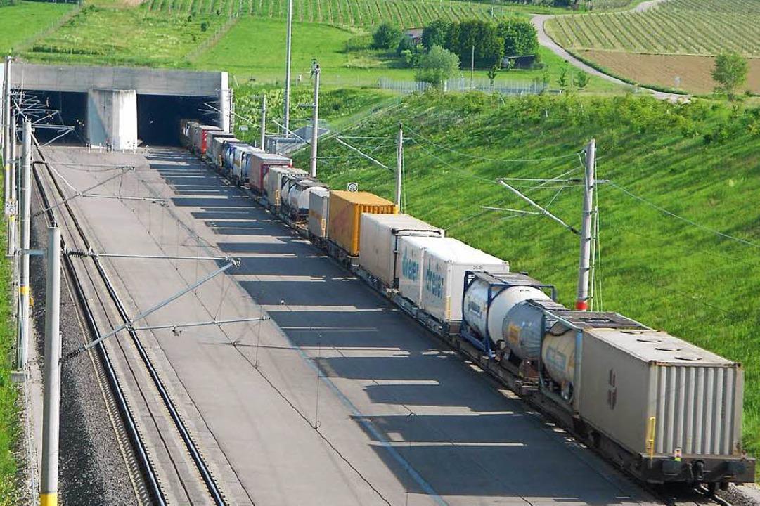 Alle Güterzüge sollen durch den Katzen...irchen fahren, wünschen sich Anwohner.  | Foto: Victoria Langelott
