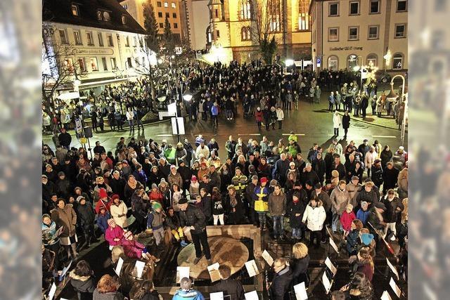 Mit Stadtmusik, Jugendkapelle und Männerchor Hochfirst in Titisee-Neustadt
