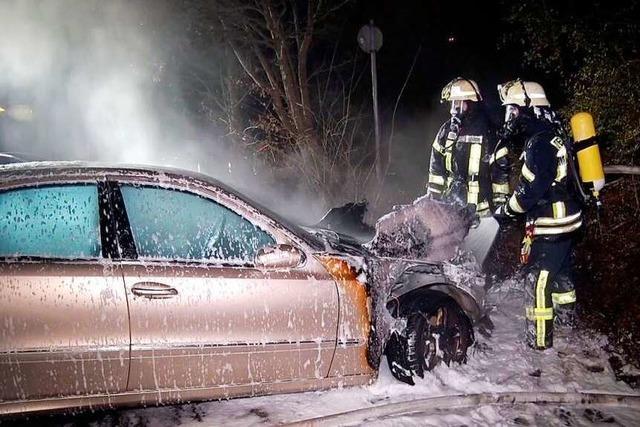 Brennende Autos in Mahlberg – Sonderermittler suchen Brandstifter