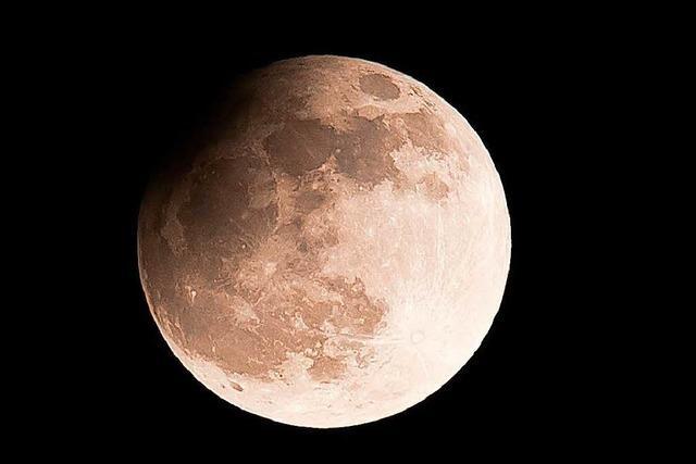 Trump will Astronauten auf dem Mond - und dann auf Mars-Mission