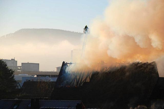 Hoher Schaden bei Feuer in Grenzacher Gasthaus Löwen
