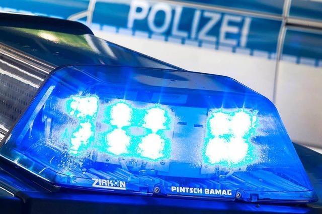 Mann belästigt Elfjährige in der S-Bahn zwischen Stetten und Brombach sexuell