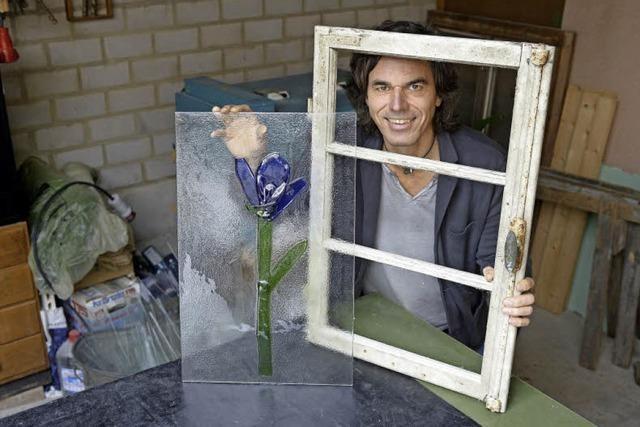 Achim Stein macht aus alten Fenstern Kunst
