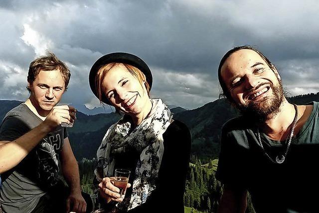Trio Jütz bei