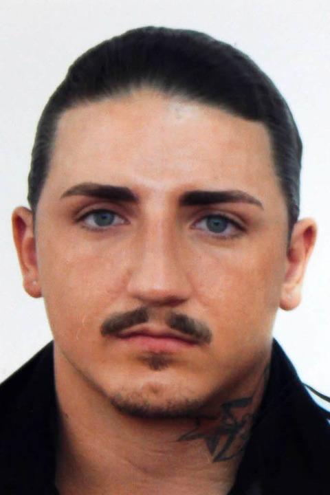 Die Polizei sucht den dringend Tatverdächtigen Skelcim Kastrati.  | Foto: Polizei Tuttlingen