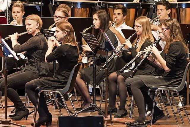 Jugendsinfonieorchester Waldshut-Tiengen und Bläserphilharmonie der Musikschule am Klettgau-Gymnasiums Tiengen
