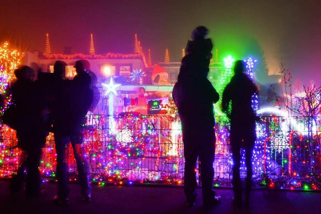 Das ist kein Weihnachtsmarkt, sondern ...rgarten in Friedrichshafen am Bodensee    Foto: dpa