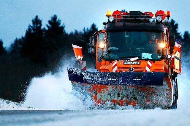 Schnee sorgt im Landkreis Lörrach für Verkehrsbehinderungen