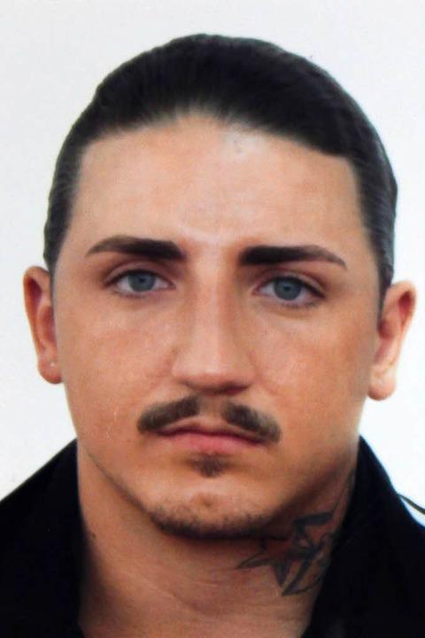 Die Polizei sucht den dringend Tatverdächtigen Skelcim Kastrati.    Foto: Polizei Tuttlingen
