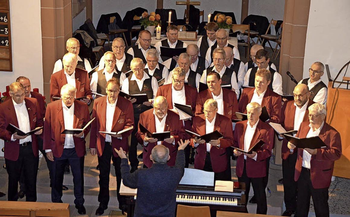 Die Männergesangvereine Weisweil und K...tephan Rauber ein gelungenes Konzert.   | Foto: Schimanski
