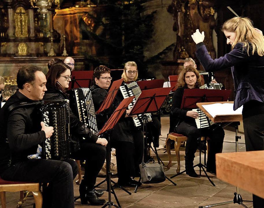 Pop, Tango und zum Finale mit den Konz...uppe Münstertal zeigte sich vielseitig  | Foto: Markus Zimmermann