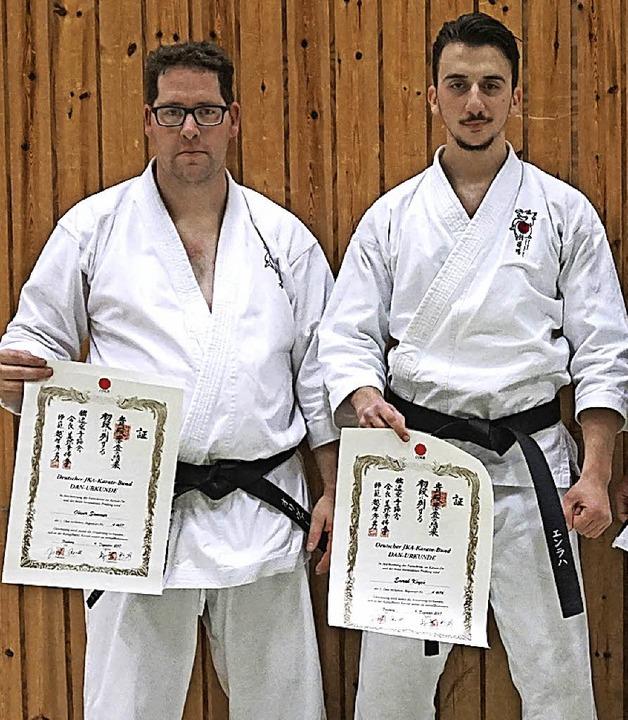 Oliver Sommer (links) und Emrah Köycü ...en und acht bei den Karatekas Kappel.     Foto: Privat