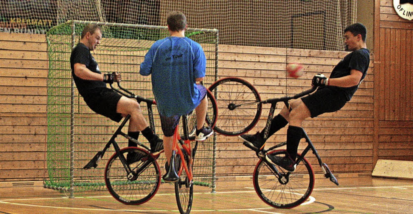 Einmal Radballer, immer Radballer: Act...che Erfolg eigentlich Nebensache war.     Foto: Jörn Kerckhoff