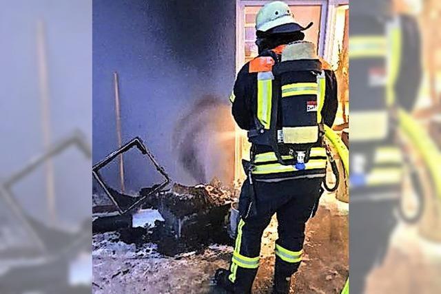 Hausfassade brennt in Wehr