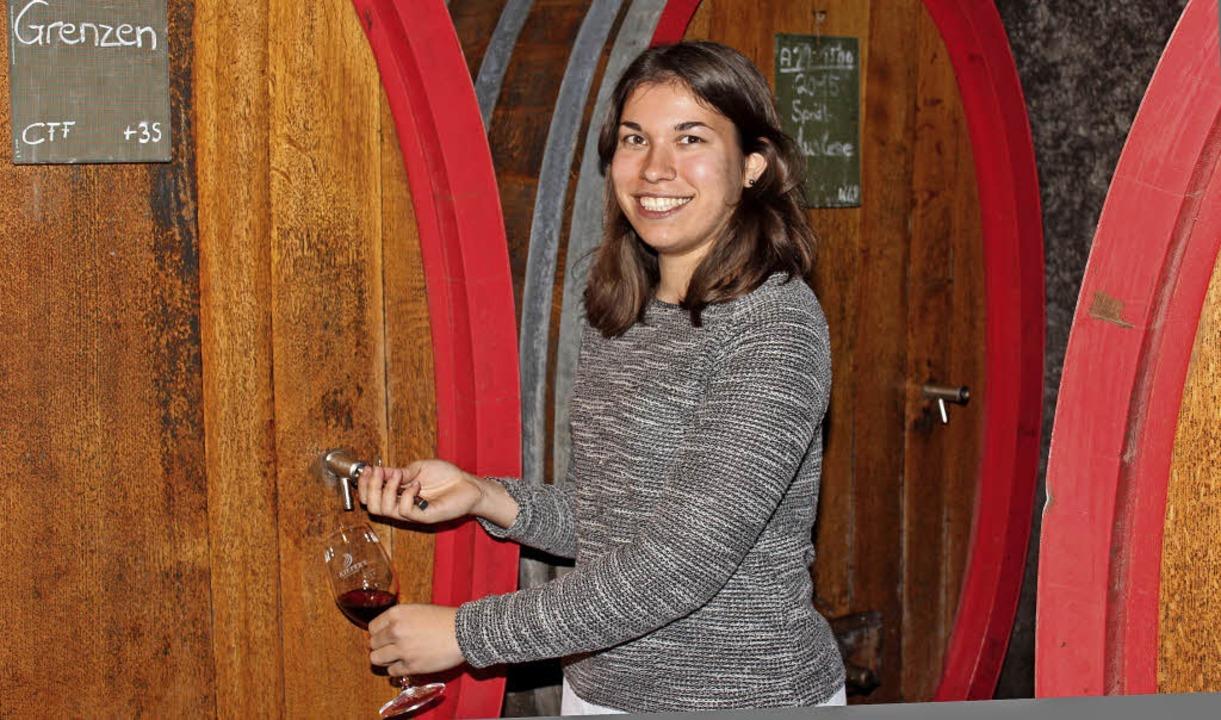 Weinwirtschaftsstudentin Lena Aichinge...n Eichstetten  gründlich kennenlernte.  | Foto: Mario Schöneberg