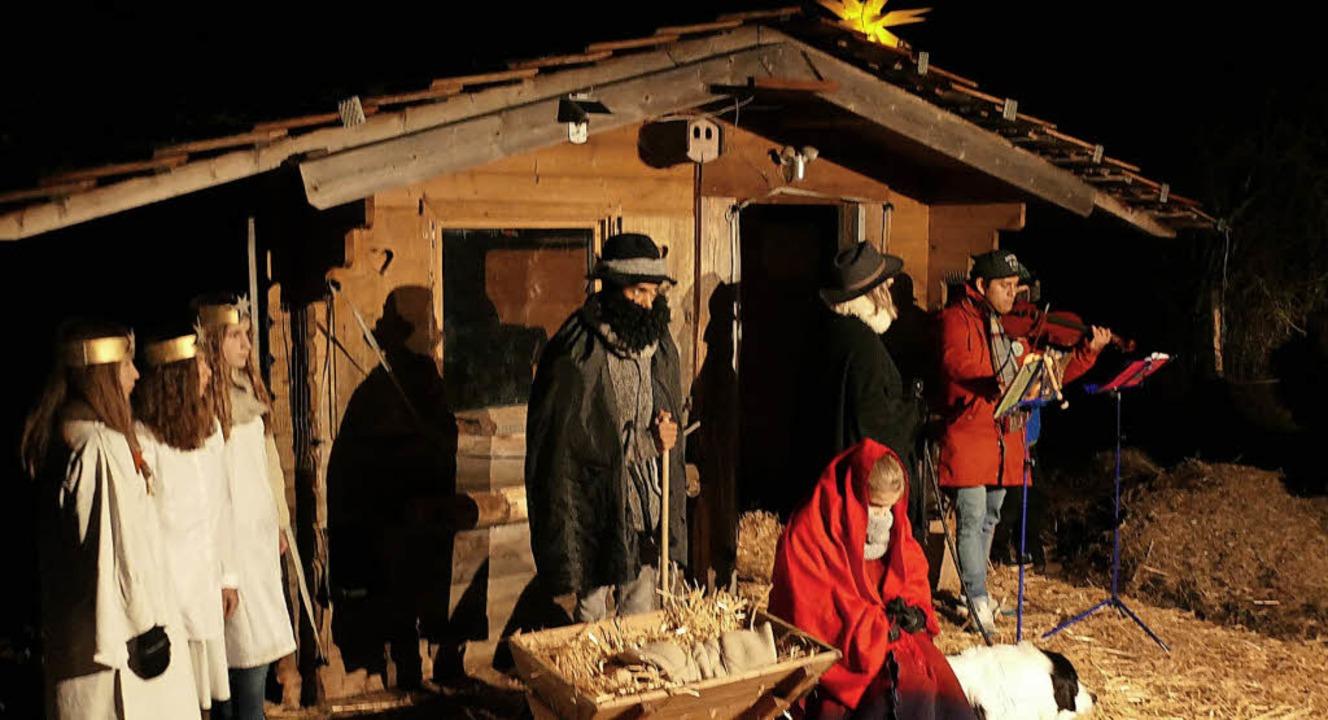 Die Weihnachtsgeschichte wurde gespiel...all wohnen und auch Darsteller waren.   | Foto: Sophia Rudorf