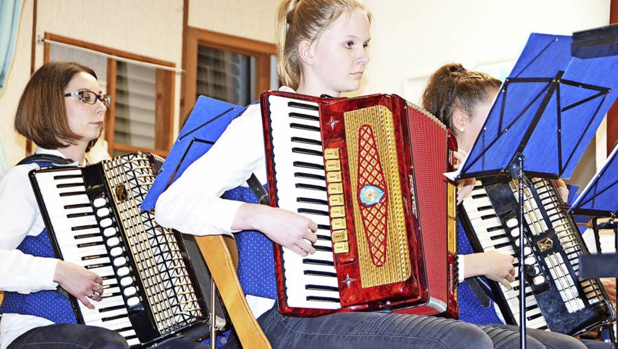 Jahreskonzert Harmonikaorchester Endenburg-Sallneck    Foto: Gabriele Rasenberger