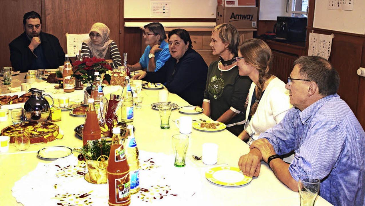 Eheleute Güldü, Doris Kalbe, Angelika ...ardinale,  Lucia Klein und Harald Senn  | Foto: Heiner Fabry