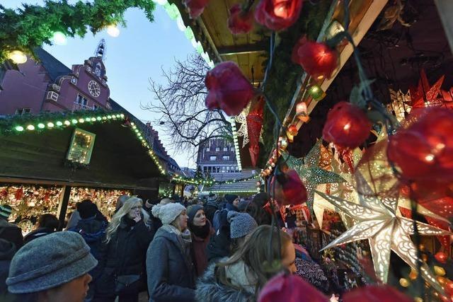 Lockmittel: Weihnachtsmärkte beleben das Geschäft