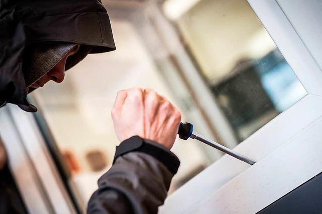 Schmuck und Bargeld aus Wohnung in Lörrach gestohlen