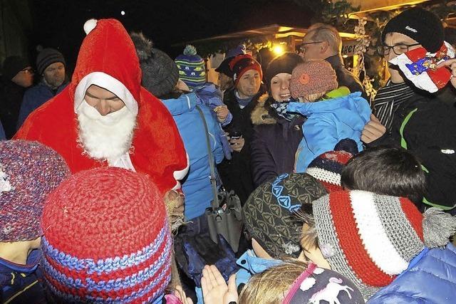 Zauberhafte Stimmung beim Weihnachtsmarkt