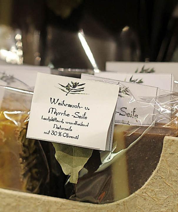 Ein duftendes Beispiel von vielen: pflegende Seife mit Weihrauch und Myrrhe   | Foto: Jennifer Reyes