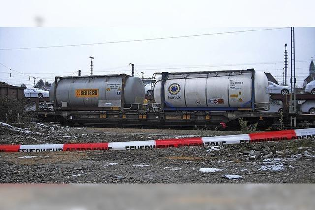 Havarierter Container hält Weiler Feuerwehr auf Trab