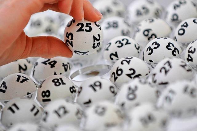Weihnachten als Multi-Millionär: Lottospieler knackt Jackpot