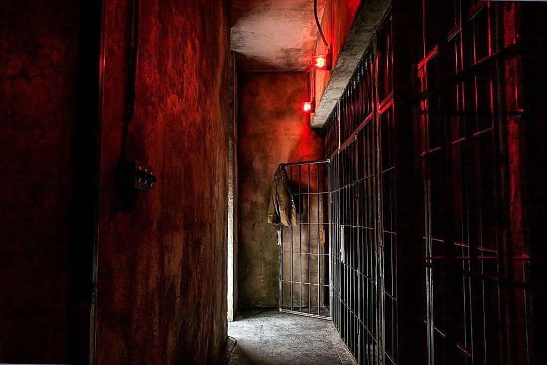 Düster und geheimnisvoll: Die Räume im...ergessen, dass man in einem Spiel ist.    Foto: Cage Adventure