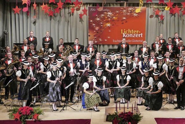 Trachtenkapelle spielt am 25. und 27. 12. in Glottertal