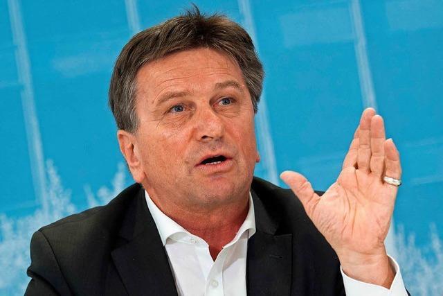 Täuschungsvorwürfe gegen Sozialminister Manfred Lucha