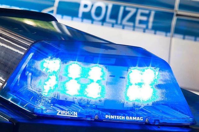 Totalschaden bei Autounfall in Lörrach