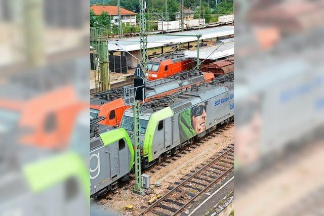 22-Jähriger wird am Bahnhof von Zug erfasst und schwer verletzt